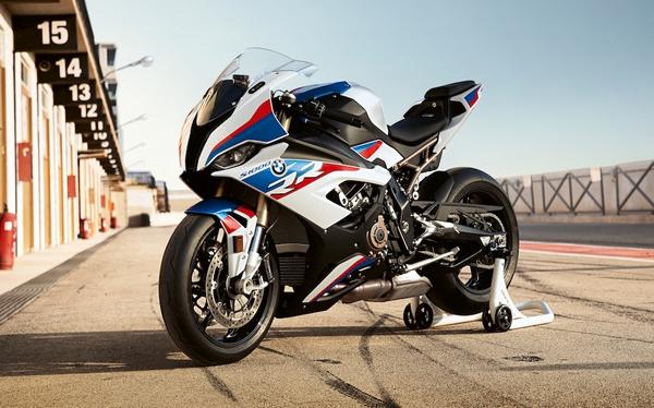 La toute nouvelle BMW S1000RR 2019 victime de se boîte de vitesses ?